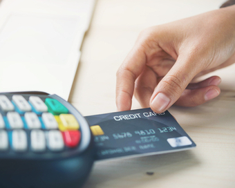 Issuers to Support New Debit Card Trend